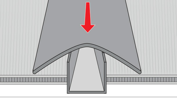 H galo usted mismo c mo instalar un techo de policarbonato - Como hacer un techo de madera ...