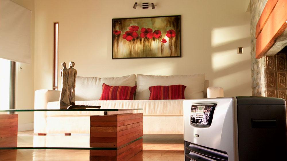 En poco tiempo la tecnología ha desarrollado formas cada vez más eficientes y sorprendentes para calefaccionar nuestra casa. De hecho, si lo hacemos adecuadamente podemos reducir hasta en un 40% la pérdida de la energía que destinamos para calefacción
