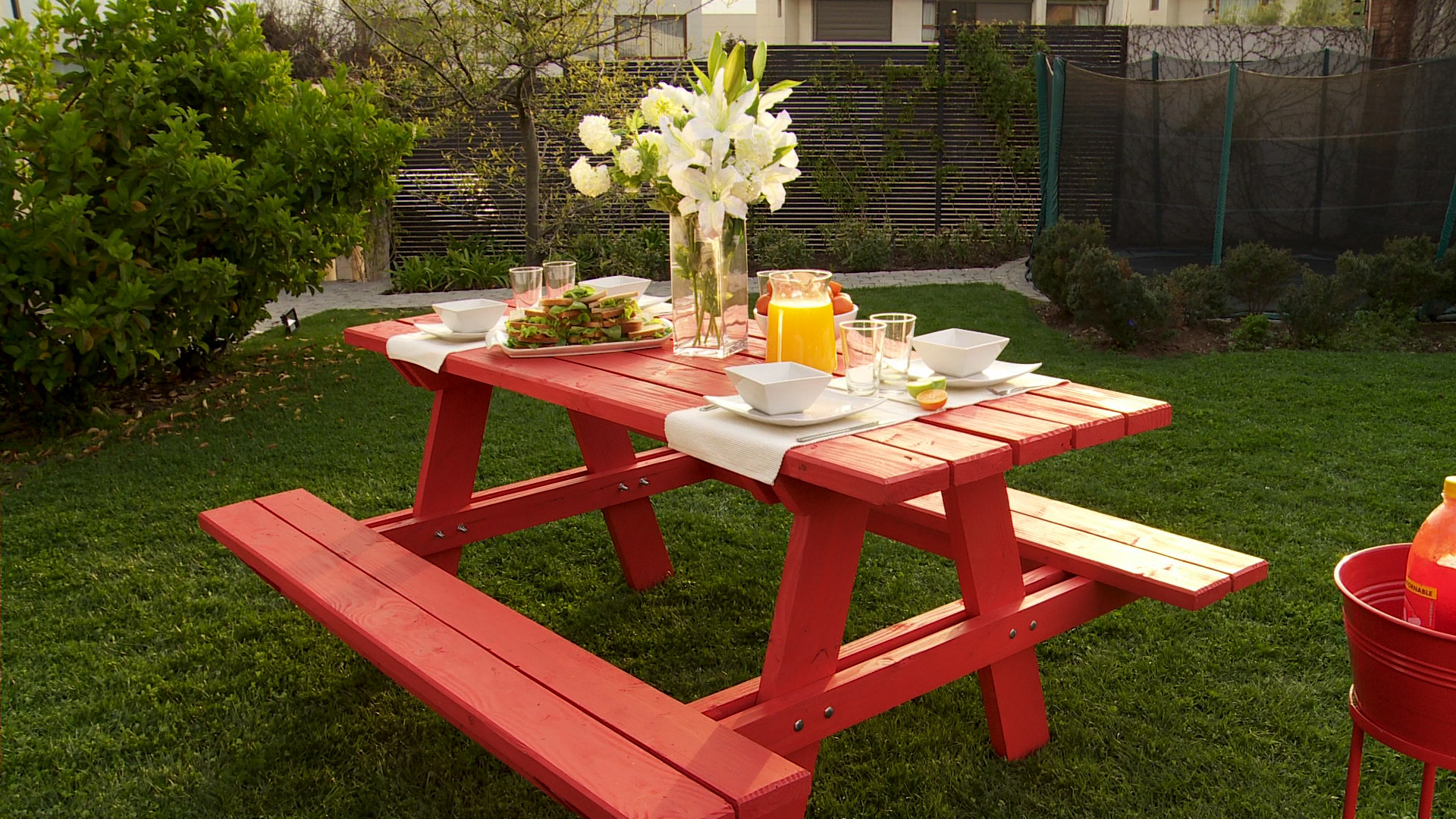 H galo usted mismo c mo construir una mesa de picnic for Jardin jardin al aire libre