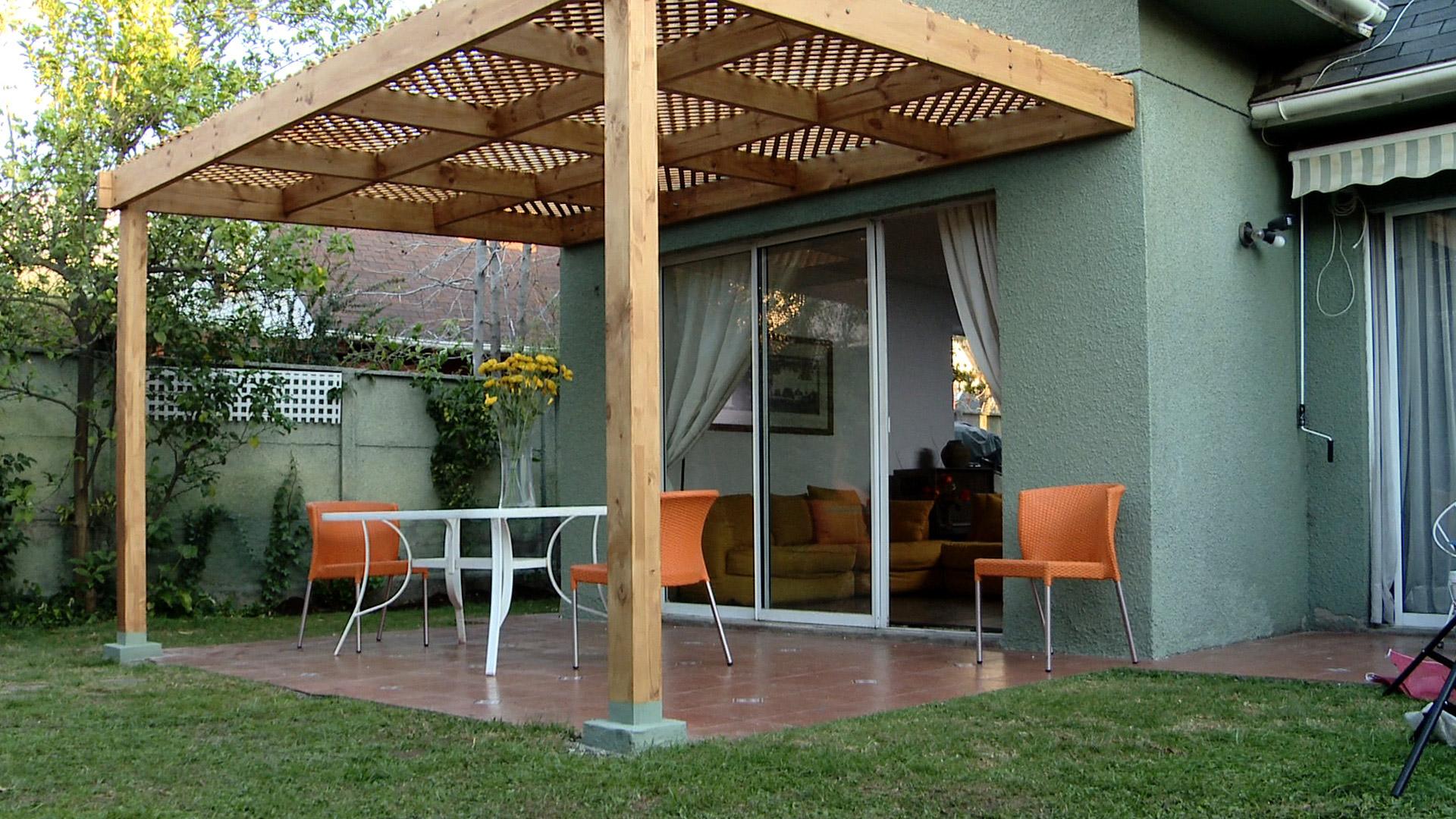 H galo usted mismo c mo hacer un techo corredizo de for Ideas para hacer un techo en el patio
