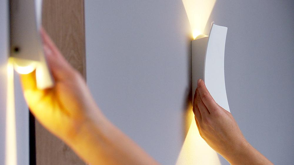 Una ampolleta con tecnología LED consume un 90% menos de electricidad que una ampolleta incandescente, por eso es muy necesario conocer más sobre ella, cómo funciona, sus ventajas y la amplia variedad de ampolletas o lámparas de diseño que incorporan esta tecnología.