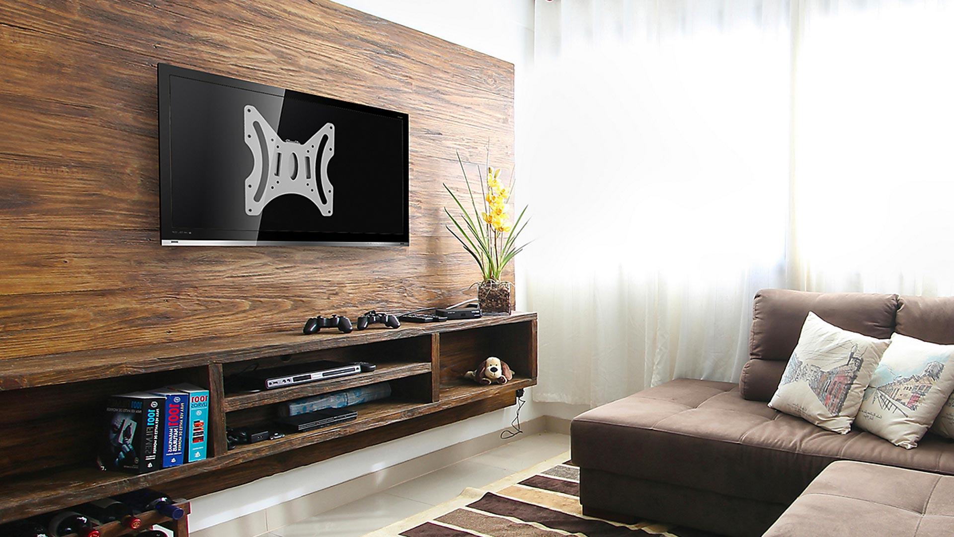 El televisor es un mueble más dentro de nuestra casa, y muchas veces hay más de uno por hogar. Por lo mismo, te mostraremos cómo aprovechar al máximo los espacios ocupando soportes en los muros y en el cielo, para que puedas decidir cuál de todos te acomoda más y disfrutes tus momentos libres sin inconvenientes.