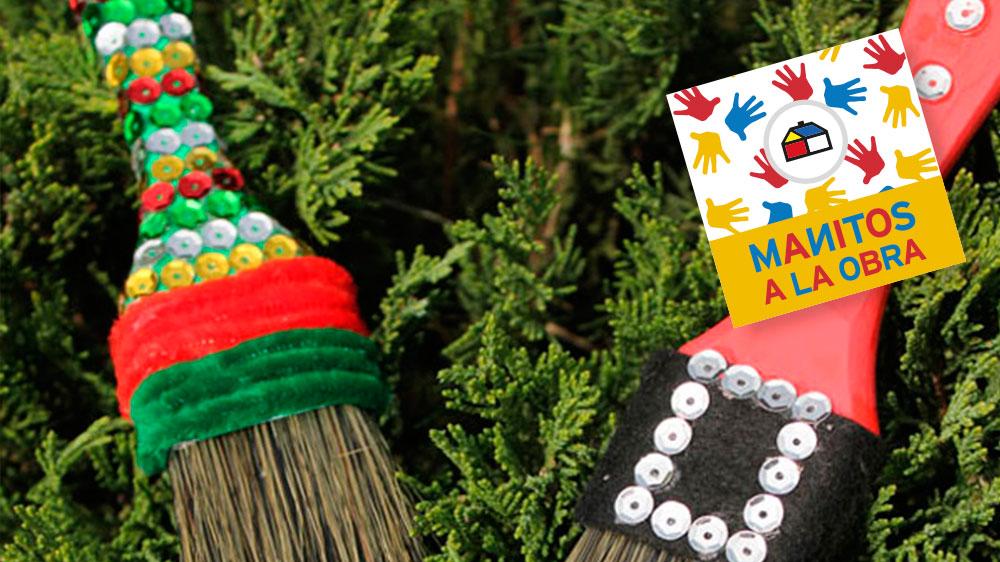 Nada es más divertido en Navidad que adornar el árbol con las cosas que más te gustan y que te has divertido haciendo. Acá te mostramos cómo convertir unas sencillas brochas en unos adornos muy coloridos y originales, que le darán un toque especial a tu decoración.