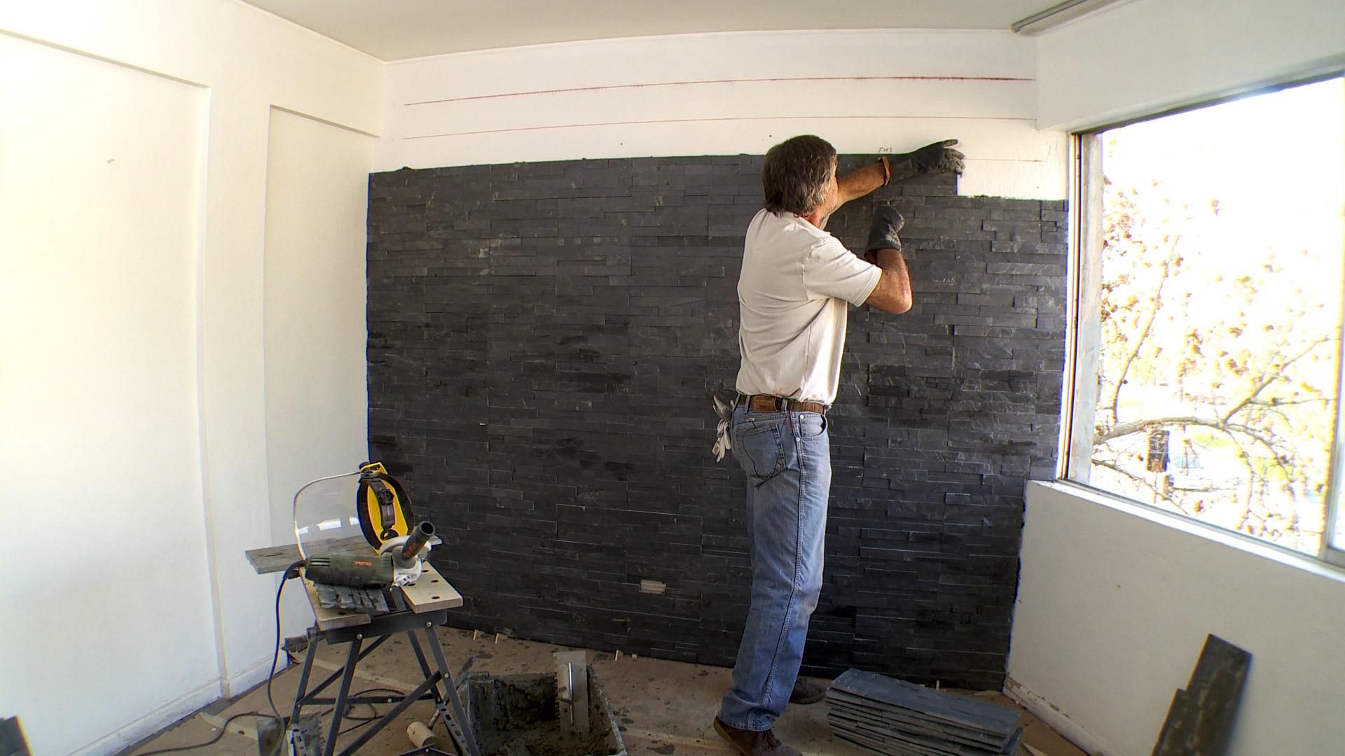 H galo usted mismo c mo poner un revestimiento de - Colocar piedra en pared ...