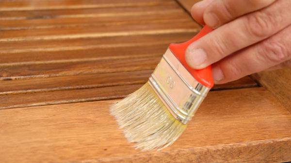 H galo usted mismo c mo reparar madera exterior - Como arreglar puertas de madera rayadas ...
