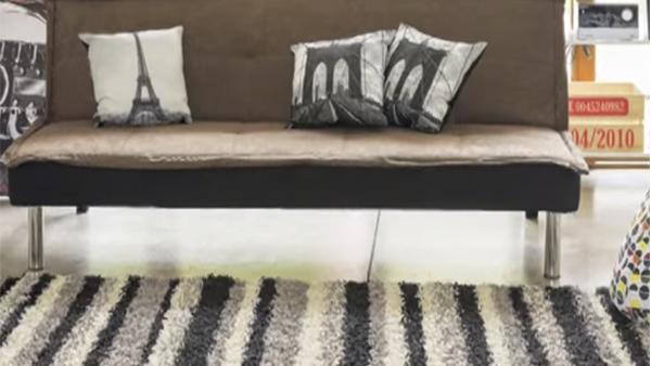 Para enmarcar un ambiente, darle calidez, resaltar sus características y/o contrastarlo, debemos elegir la alfombra correcta como complemento ideal para decorar un espacio.