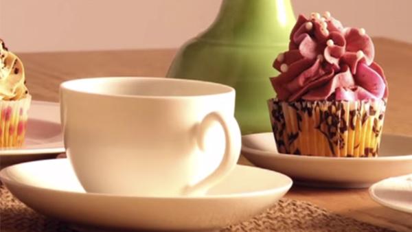 El invierno es una instancia precisa para cocinar queques y dulces que además de quitarnos el frío, por el aporte calórico, nos reune como familia para disfrutar. En este video podrás ver qué menaje utilizar dependiendo de lo que quieras hacer.