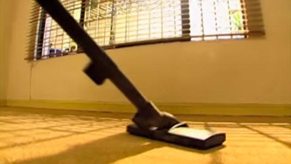 Cuando el trabajo de limpieza es demasiado, nunca está de más pedir ayuda. Para eso Sodimac tiene en el Servicio de Arriendo una serie de máquinas que pueden hacer esta labor mucho más fácil.